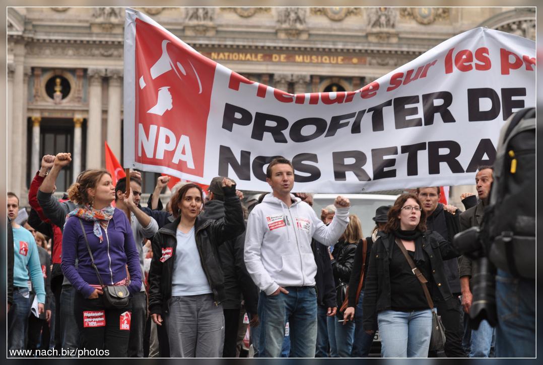 Gegen FN und AFD: Olivier Besancenot (NPA) spricht in Köln