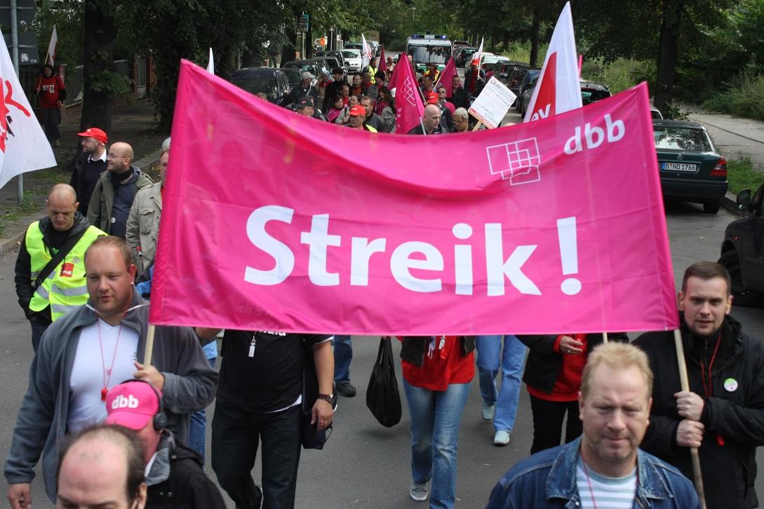 Radikale Arbeitszeitverkürzung – dringender denn je!