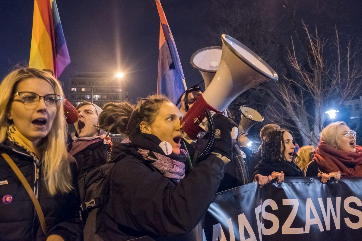 Proteste nach Angriff auf Reproduktionsrechte